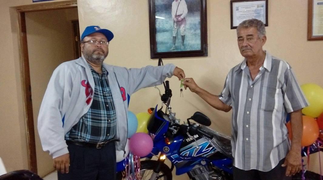 Se queda en Carazo una moto de la Loteria Nacional
