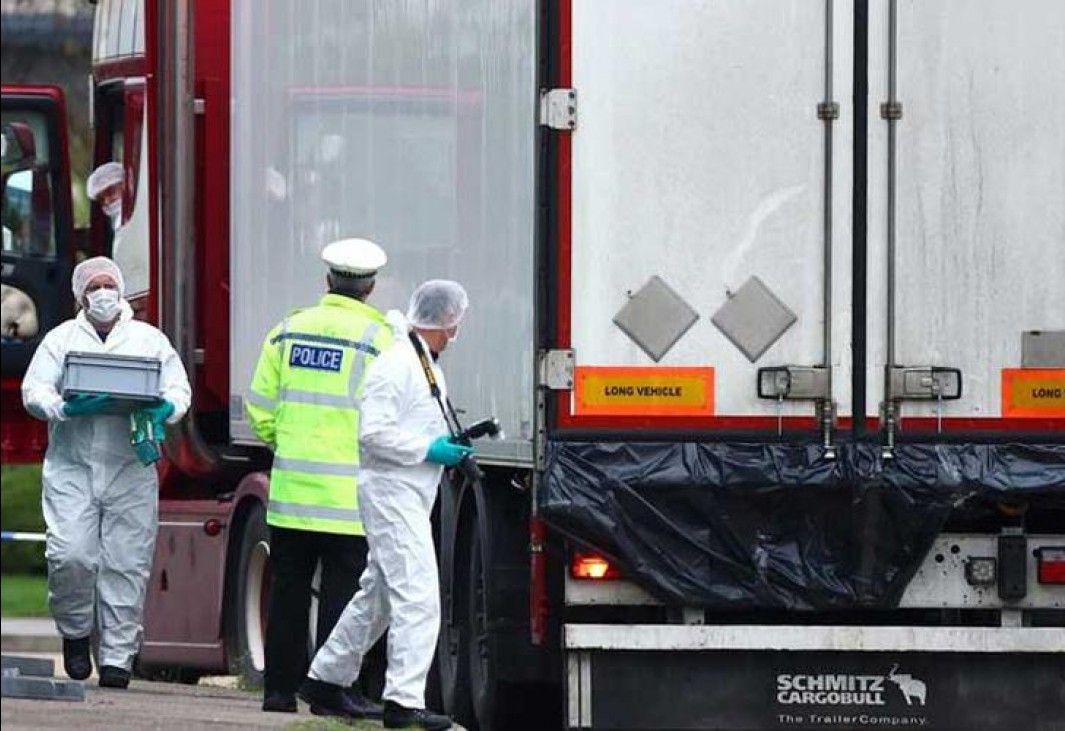 Resultado de imagen para Los 39 cuerpos hallados en un camión en Reino Unido son supuestamente de ciudadanos chinos