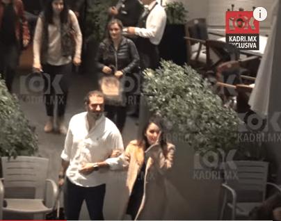 Ex RBD se limpió el  beso de un fan