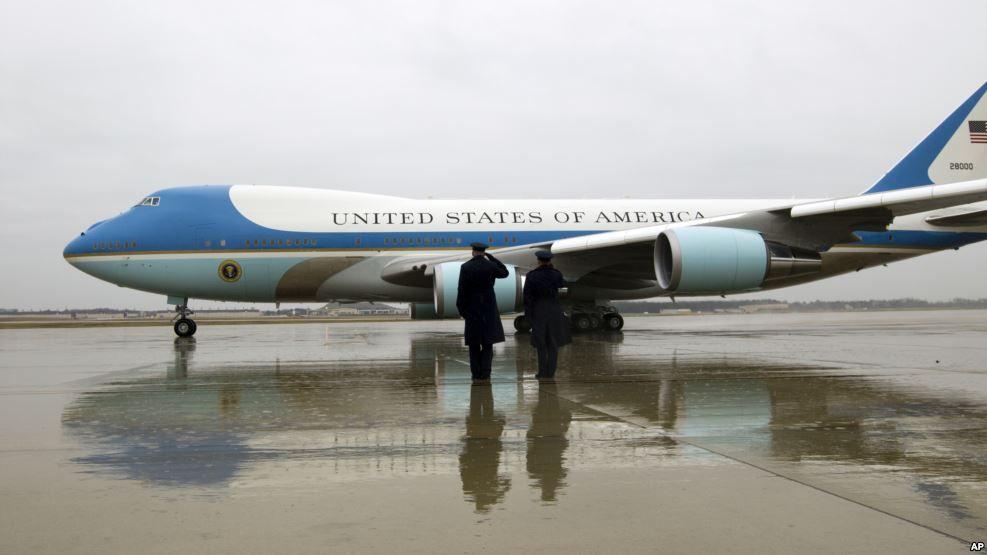 Boeing y Trump acuerdan negociar precio de avión presidencial