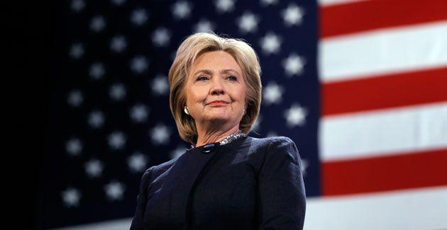 Salud de Clinton, nuevo blanco de la campaña de Trump