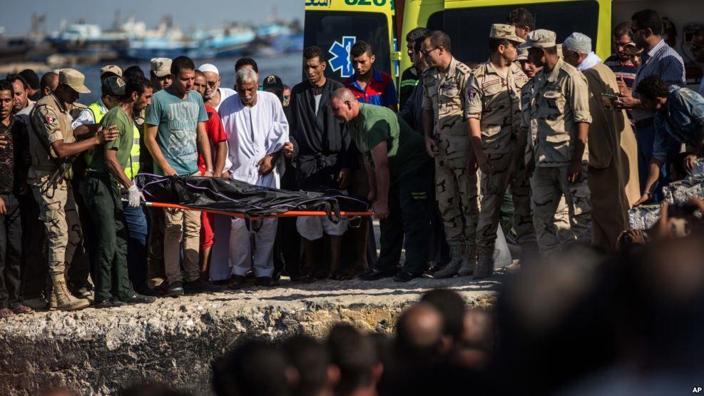 Naufragio de migrantes en el Mediterráneo deja 115 muertos