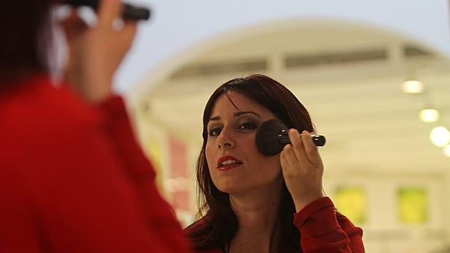 El uso incorrecto del maquillaje envejece